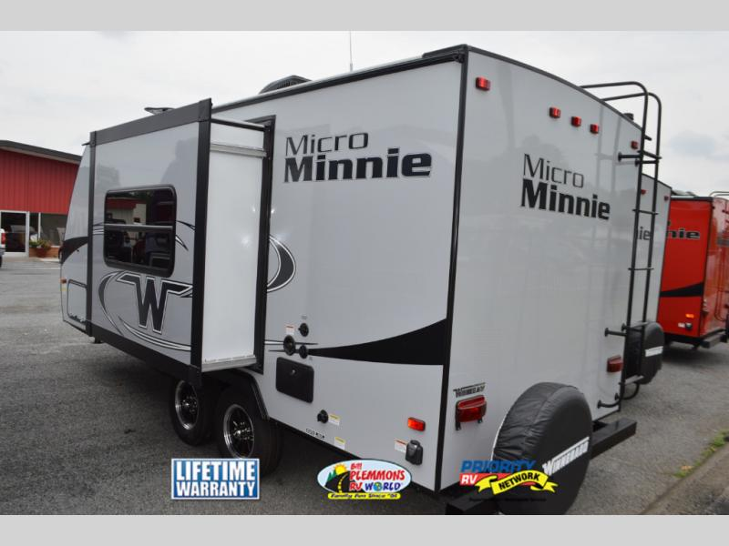 Winnebago Micro Minnie Travel Trailer Slide Out