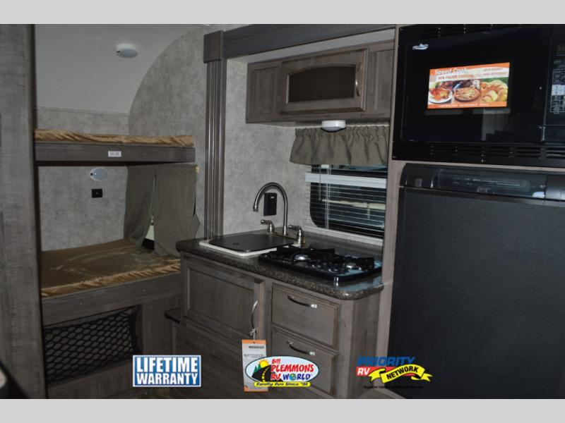 Winnebago Winnie Drop Travel Trailer Bunkhouse