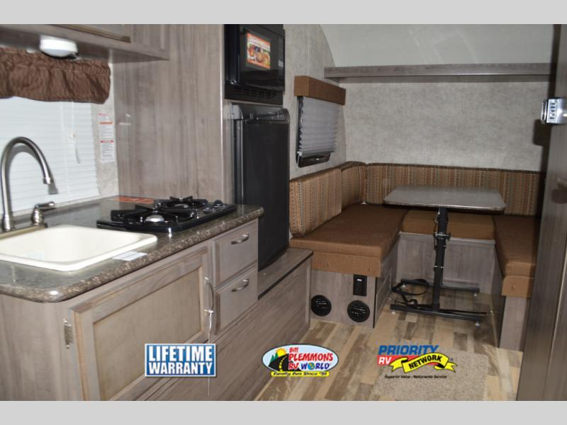 Winnebago Winnie Drop Travel Trailer Interior