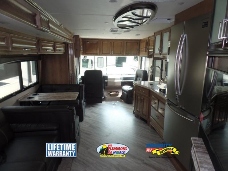 Fleetwood Southwind Review Class A Motorhome Interior 2