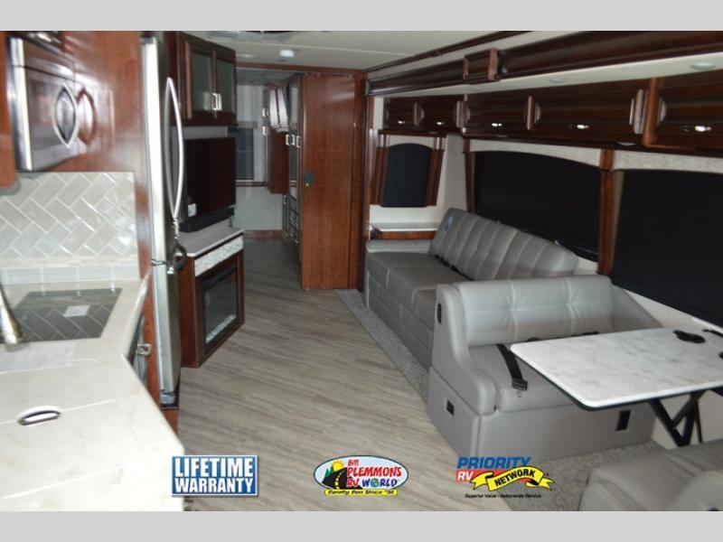 Fleetwood Southwind Review Class A Motorhome Interior